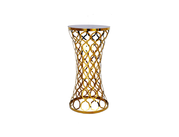 Chain Cocktail Table Gold Rental